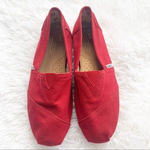 TOMS Classic Red Canvas Slip On Flats 10